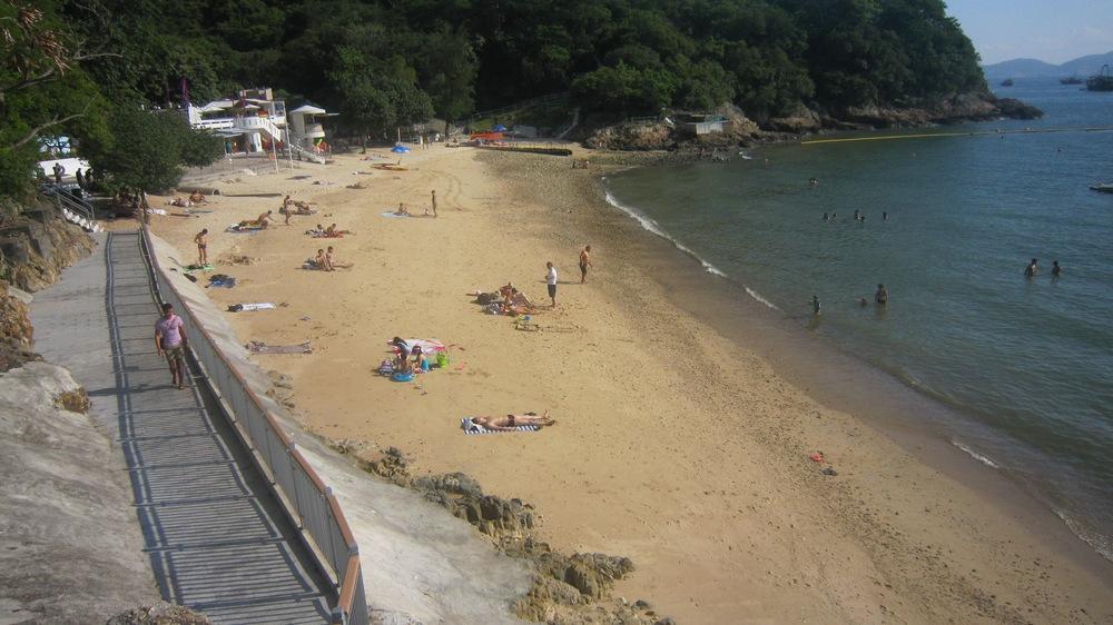 Достопримечательности Гонконга: пляж Middle Bay