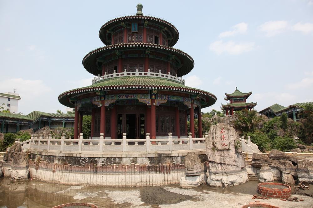 Достопримечательности Хайнань: гробница Хай Жуя