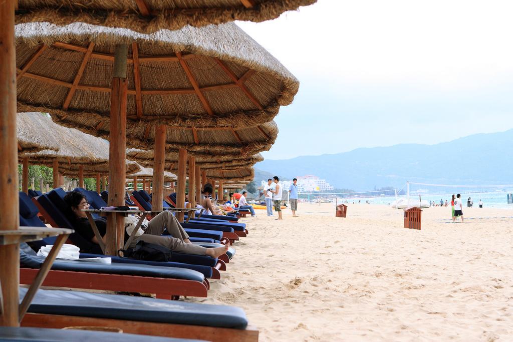 Инфраструктура пляжа Ялонг Бей