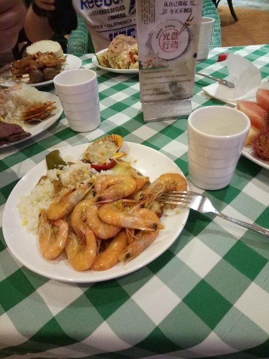 Ужин в отеле Палм Бич Резорт Спа, Санья