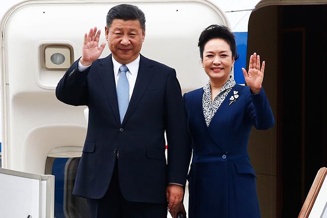 Жена Си Цзиньпина