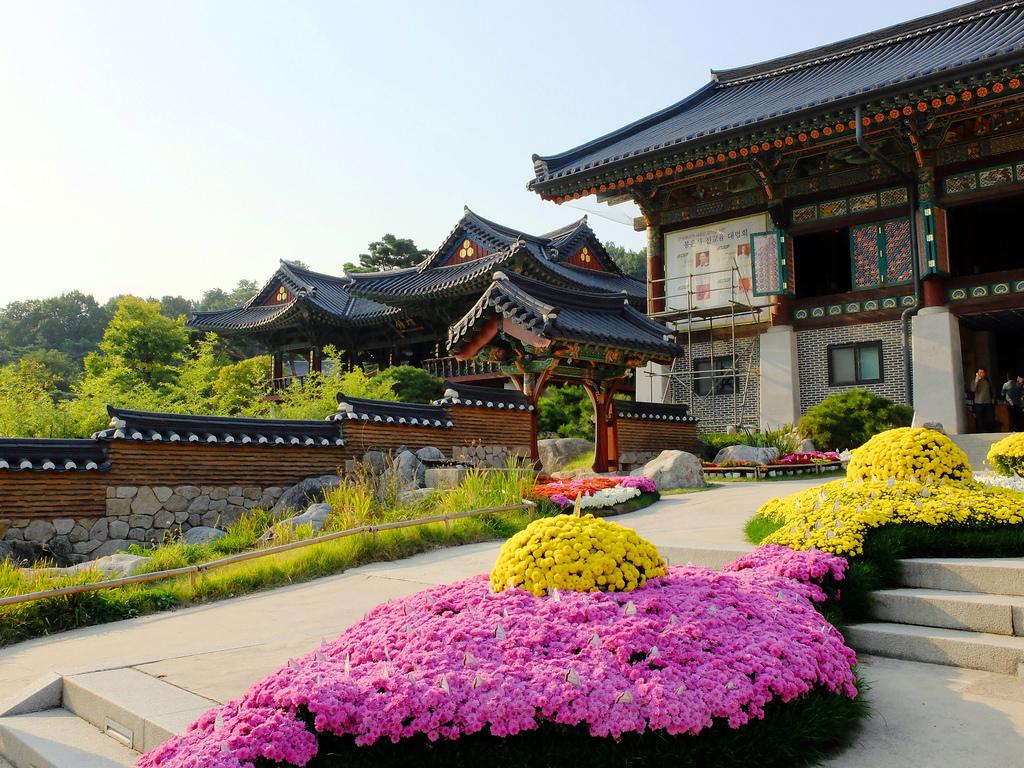 Храм Аюйван