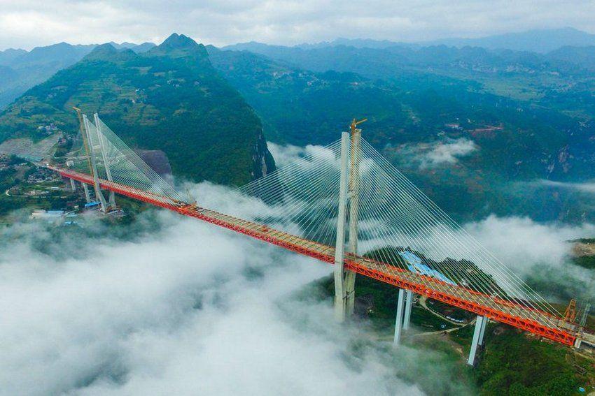 мост Дугэ над рекой Бэйпанцзян