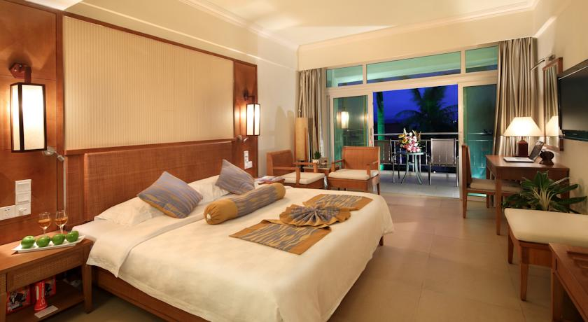 Отель Liking Resort Sanya